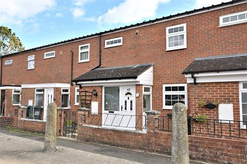 3 bedroom terraced house to rent - Jacketts Field, ABBOTS LANGLEY, Hertfordshire