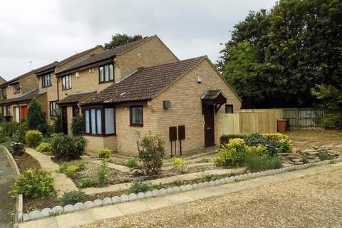 1 bedroom semi-detached bungalow to rent - Ludlow Close, Southfields, Northampton