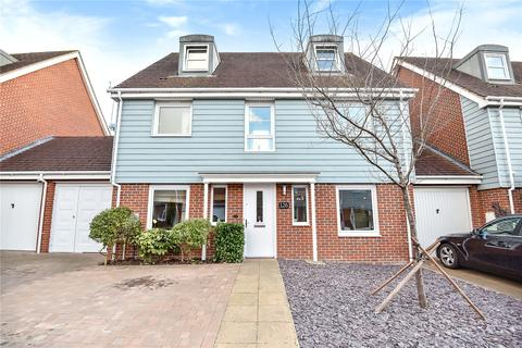 5 bedroom detached house for sale - Wraysbury Drive, Yiewsley, West Drayton, Middlesex, UB7