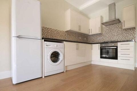 2 bedroom apartment to rent - Leyton E10