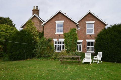 6 bedroom detached house for sale - East Lambwath Road, Withernwick, East Yorkshire