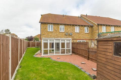 3 bedroom end of terrace house to rent - The Saltings, Sittingbourne