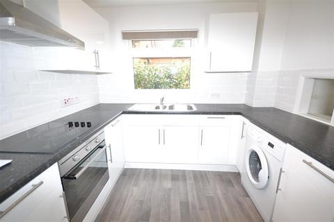 1 bedroom flat to rent - Montague Road, London