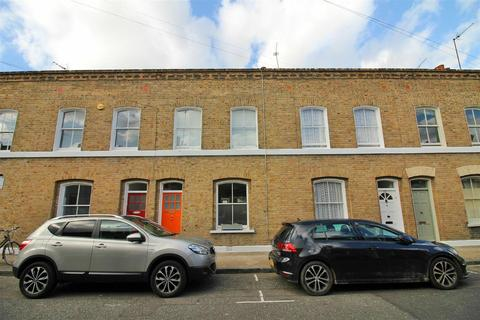 3 bedroom terraced house to rent - Wimbolt Street, London