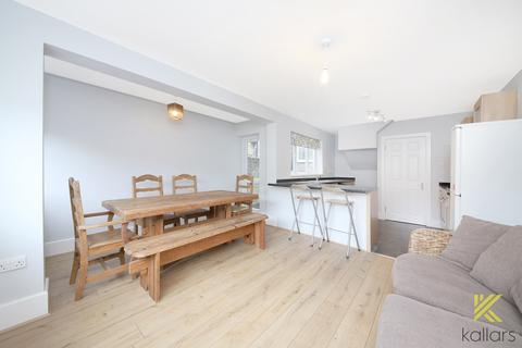 2 bedroom flat to rent - Comerford Road, London, SE4