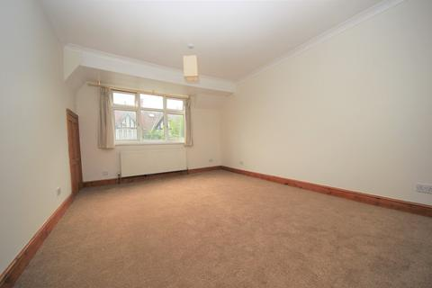 4 bedroom semi-detached house to rent - Gainsborough Gardens, Golders Green