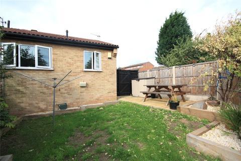 2 bedroom bungalow for sale - Nicholas Road, Beeston, Nottingham, NG9