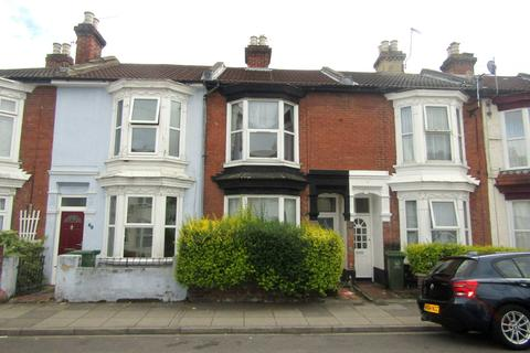 3 bedroom terraced house to rent - Manor Road, Portsmouth