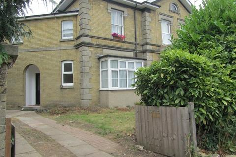 2 bedroom ground floor maisonette to rent - Winchester Road, Southampton