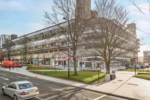 2 bedroom flat for sale - Wyndham Court, Commercial Road