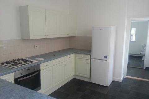 4 bedroom terraced house to rent - Chetwynd Road, Southsea