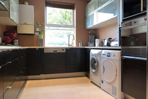 4 bedroom flat for sale - Boston Road, W7