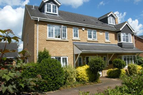 7 bedroom detached house to rent - Peterborough PE2