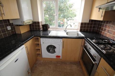 2 bedroom apartment to rent - Claude Road, Roath - Cardiff