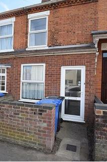 1 bedroom property to rent - STUDENT ROOM LET - Avenue Road, upstairs front room, Norwich, NR2 3HN