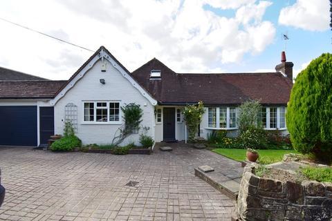3 bedroom detached bungalow for sale - Boars Head, Crowborough