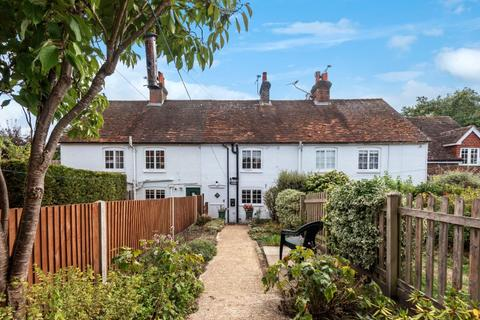 2 bedroom cottage for sale - Southview , Wire Cut, Frensham