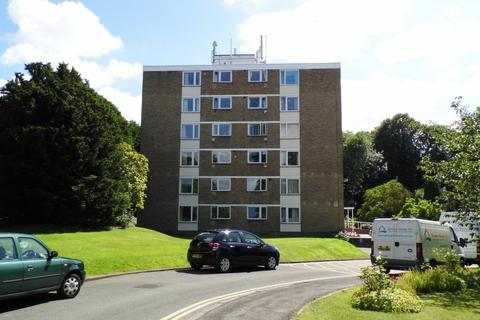 3 bedroom flat to rent - Charlton Kings