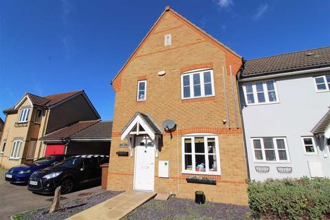 3 bedroom end of terrace house for sale - Demoiselle Crescent, Ipswich