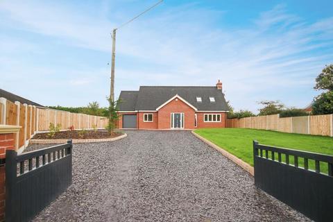 4 bedroom detached house for sale - Wood Lane, Market Drayton