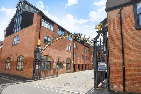 2 bedroom apartment for sale - The Lion Brewery, St Thomas's Street