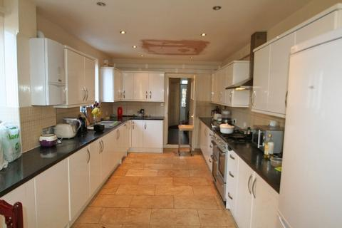 6 bedroom terraced house to rent - Windmill Road, Headington