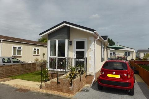 2 bedroom park home for sale - Albert Avenue, Penton Park