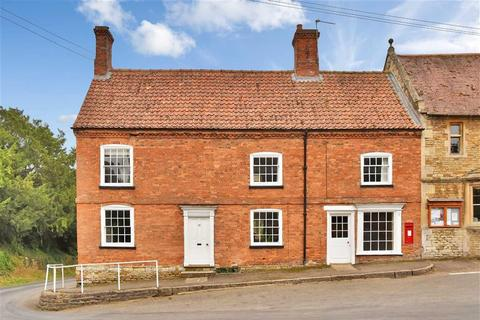 4 bedroom semi-detached house for sale - High Road, Hough-on-the-hill, Grantham, Lincolnshire