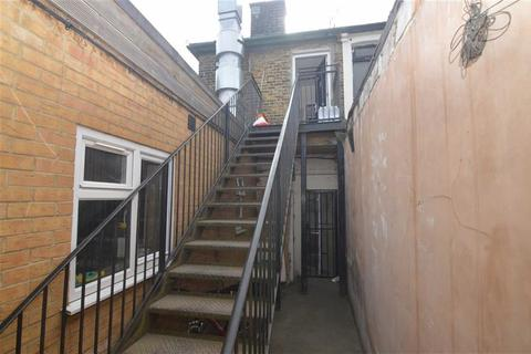 2 bedroom maisonette for sale - Dock Road, Tilbury, Essex