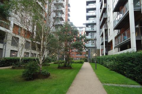 2 bedroom flat to rent - Hornbeam Way, Green Quarter