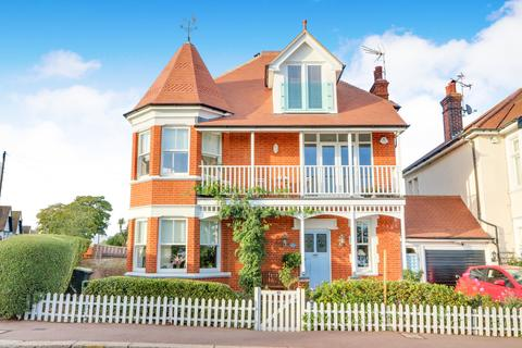 4 bedroom detached house for sale - Marine Parade, Leigh-on-Sea