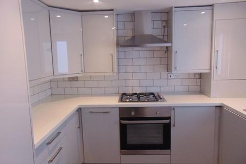 1 bedroom flat to rent - Elm Park