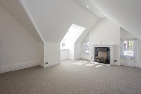 2 bedroom flat to rent - Percy Road, Boscombe Spa