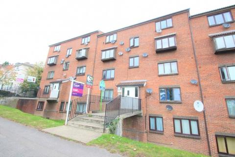 1 bedroom apartment to rent - Carrie House Lesley Place , Buckland Hill, Maidstone, ME16