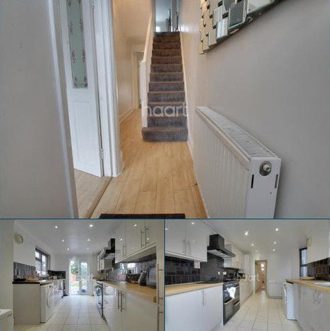 4 bedroom detached house to rent - Manor Road, E10
