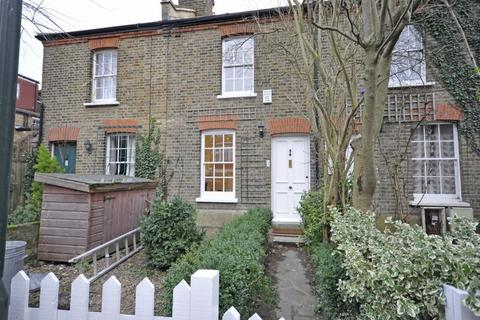 2 bedroom cottage to rent - Malthouse Passage, Barnes, SW13