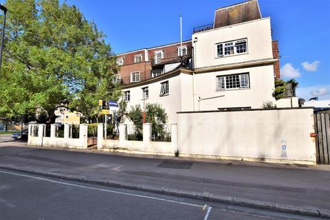 2 bedroom ground floor flat to rent - Talbot Court, Queensway, Southampton, SO14 3AZ