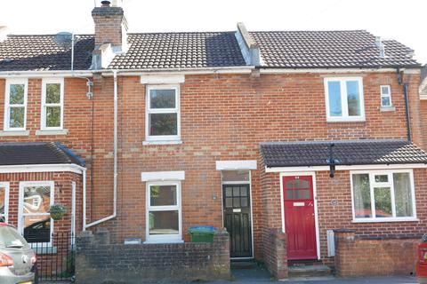 2 bedroom terraced house to rent - Bassett  Pointout Road   UNFURNISHED