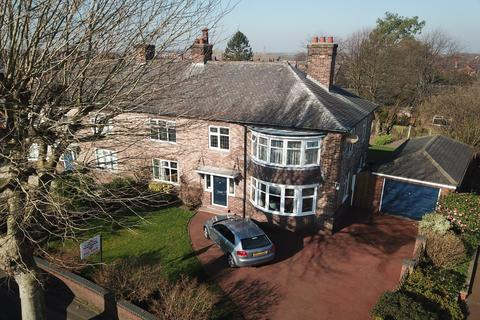 4 bedroom semi-detached house for sale - West Avenue, Stockton Heath, Warrington
