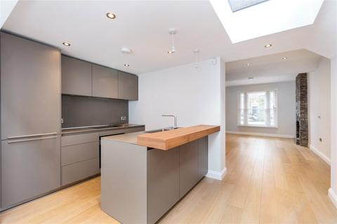 3 bedroom terraced house to rent - Orbain Road, Fulham, London, SW6
