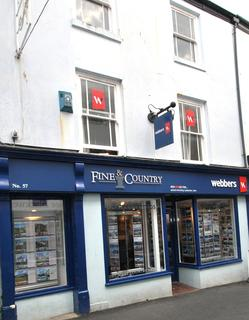 Retail property (high street) to rent - Mill Street, Bideford