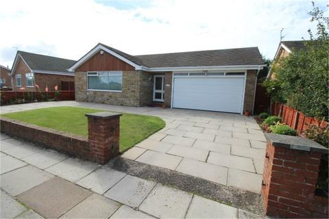 4 bedroom detached bungalow for sale - Manor Road, BLUNDELLSANDS, Merseyside