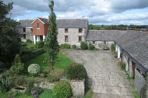 4 bedroom farm house for sale - Bryn Y Fedwen Farm, Ystradowen, Vale of Glamorgan, CF71 7SZ