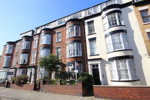 1 bedroom apartment for sale - North Marine Road, Scarborough