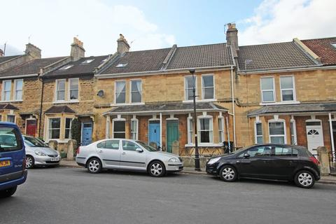3 bedroom terraced house to rent - St. Kildas Road, Bath