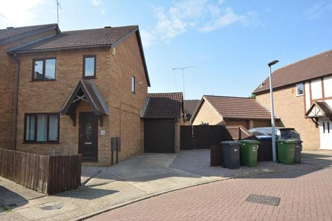 3 bedroom semi-detached house for sale - Martinsbridge, Peterborough