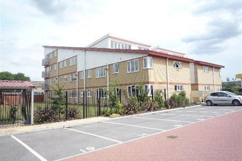 2 bedroom apartment to rent - Castle Point, Walton, Peterborough