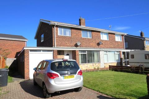 3 bedroom semi-detached house for sale - Ashington Drive, Wansbeck Estate, Stakeford