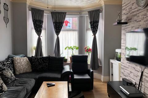 6 bedroom terraced house for sale - Clitheroe Road Longsight Manchester