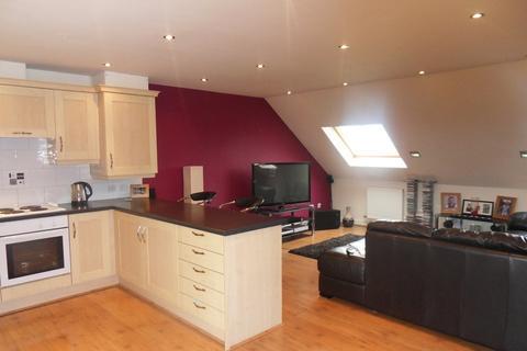 2 bedroom penthouse to rent - Pankhurst Close, Blackburn
